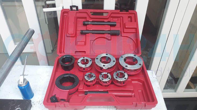 Bộ tiện ren ống SD705