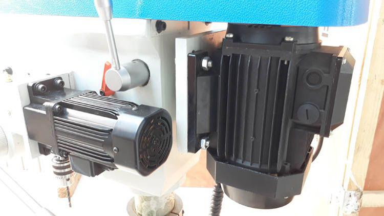 Động cơ ăn phôi tự động ZB4120G